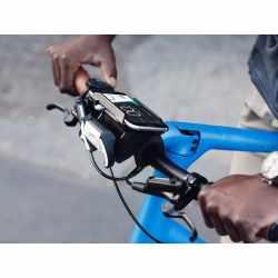 Cobi.bike Plus mit Universal Mount für Fahrräder Smartes Fahrradsystem schwarz